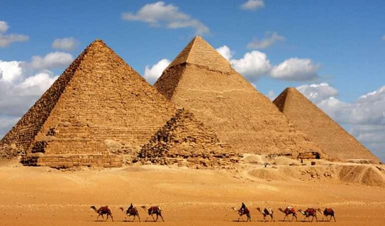 Πώς φτιάχτηκαν οι πυραμίδες;