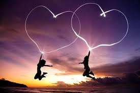Τρία συναισθήματα που μοιάζουν με αγάπη αλλά δεν είναι… – Cosmopoliti.com –  Χριστίνα Πολίτη